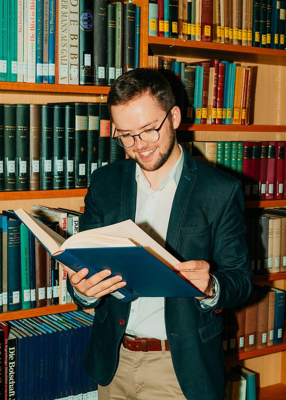 Leonard Skorczyk, 25 Jahre, ist Student der Theologie und lässt sich in Regensburg zum Priester ausbilden.