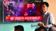 Südkoreaner verfolgen die Nachrichten von Nordkoreas Atomtest.