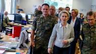 Von der Leyen will Armee bei Anschlägen als Hilfe einsetzen
