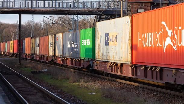 Güterbahnen drohen mit Klage gegen Bahn-Milliarden vom Bund