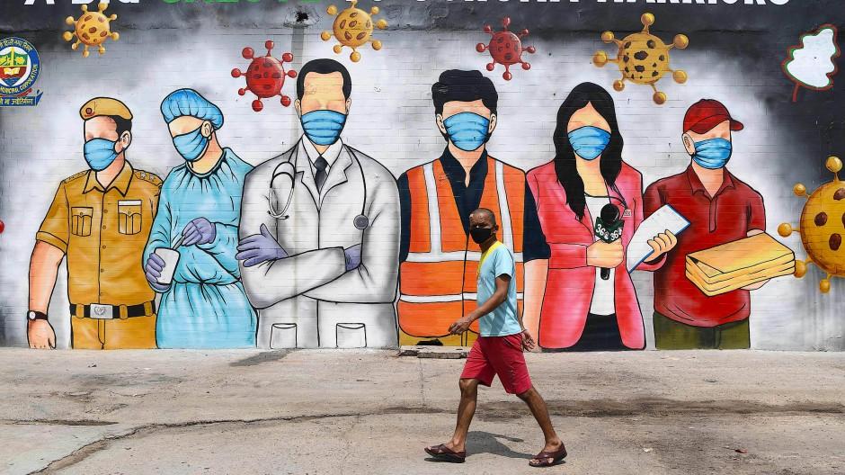 Trotz rasantem Anstieg der Infektionen: Indien will die Corona-Restriktionen im Land lockern.