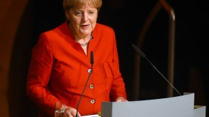Merkel zögert