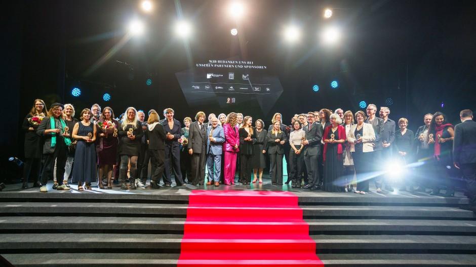 Roter Teppich: 2G erlaubt das große Stelldichein der Preisträger auf der Bühne.