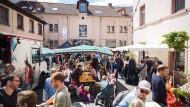 """Bleibt eine Weile geschlossen: Der beliebte """"Markt im Hof"""" in Sachsenhausen muss baulich nachbessern."""
