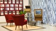 Schön war's: Die Eintracht-Meisterschaft 1959 sah man auf Fernsehern, die man einfach an die Antenne anschloss - ohne Decoder, Module und Abo-Modelle.