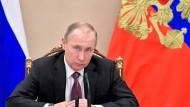 Russischer Präsident Putin: neuer kalter Krieg im Cyberspace?