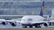 Rund 20.000 Passagiere von Lufthansa-Streik betroffen