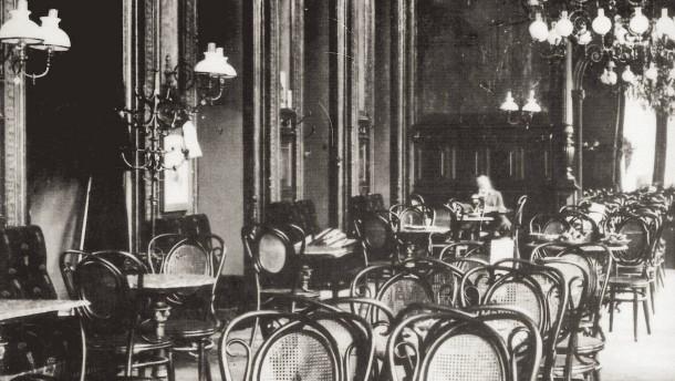 Vom einfachen Tischler zum Pionier der Möbelproduktion