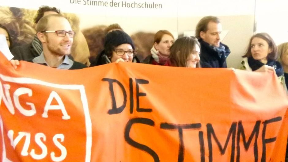 Protest des akademisches Mittelbaus gegen die Befristungspolitik bei der Hochschulrektorenkonferenz