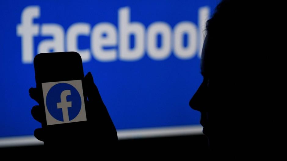 Die Zahl der jeden Tag bei Facebook aktiven Nutzer stieg innerhalb von drei Monaten um rund 30 Millionen auf 1,91 Milliarden.