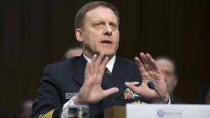 Amerikas Geheimdienstchefs weichen Fragen zu Trump aus