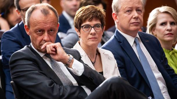 Wohin steuert Kramp-Karrenbauer außenpolitisch?