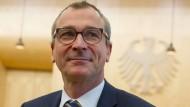Hat nach Bekanntwerden eines Drogenfundes seine Ämter in der Fraktion niedergelegt, sein Bundestagsmandat aber bislang behalten: der Grünen-Abgeordnete Volker Beck