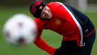 Er hat gut lachen: Wayne Rooney kassiert 300.000 Pfund pro Woche für seine Fußballkünste