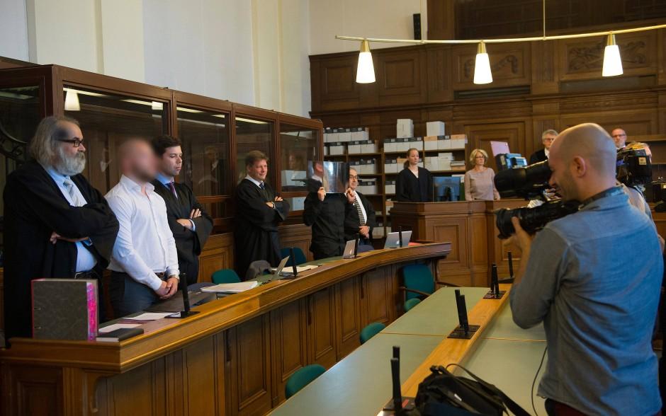 Berliner Landgericht: Angeklagter bereut in Mordprozess nach Autorennen