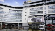 Opel-Zentrale in Rüsselsheim: Der Computerfachmann der Umwelthilfe soll eine Umschalt- mit einer Abschaltvorrichtung verwechselt haben.