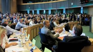 EU-Parlamentsausschuss lehnt Acta ab