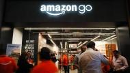 Amazon testet schon die ersten Geschäfte ohne Kassen.