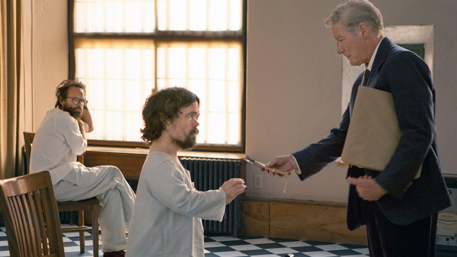 """Eine Verfilmung, die auf eine verkitschte Verballhornung hinausläuft: Walton Goggins, Peter Dinklage und Richard Gere in Jon Avnets """"Three Christs"""""""