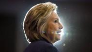 Clintons Botschaft an Frauen wird Twitter-Hit