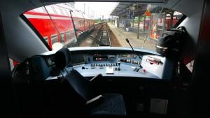 Der Deutschen Bahn fehlen 733 Lokführer