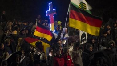 Pegida-Unterstützer am Montagabend in Dresden