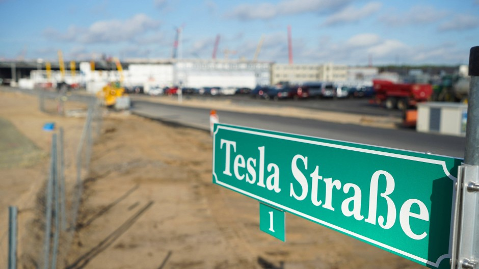 In Grünheide soll nach Ankündigung von Tesla-Chef Elon Musk das weltgrößte Batteriezellenwerk entstehen.