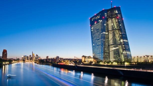 EZB akzeptiert griechische Staatsanleihen wieder als Sicherheit