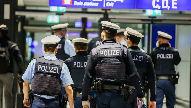 Kontrollen am Frankfurter Flughafen