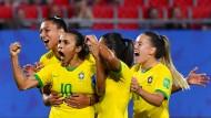 Rekordtreffer: Gegen Italien bejubelt Marta 17. Mal einen Treffer bei einer Fußball-Weltmeisterschaft.