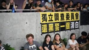 Nichts wie weg aus Hongkong