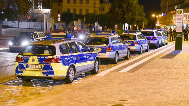 Polizei hebt Ausgangssperre auf