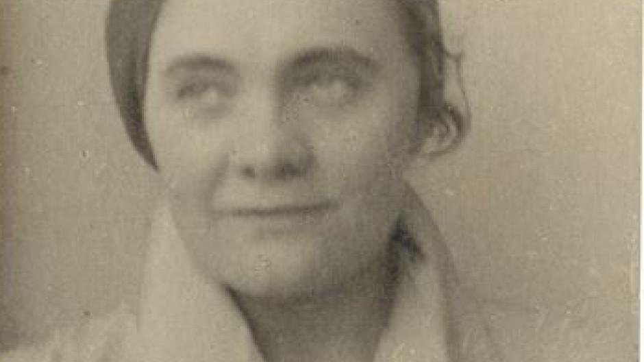 Egon Erwin Kischs langjährige Vertraute und Übersetzerin Jarmila Haasová. Versteigert werden 23 Originalfotografien aus ihrem Nachlass aus den Jahren 1925-1935, Taxe 200 Euro.