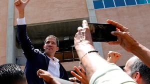 Oppositionsführer Guaidó kehrt nach Venezuela zurück