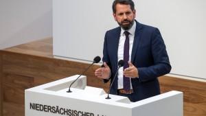 Umweltminister Lies fordert Nachbesserungen beim Klimapaket