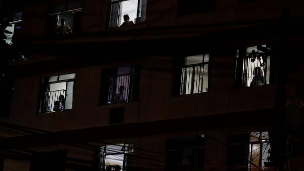 Filmgenuss vom Küchenfenster