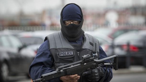 Orly-Angreifer soll vorbestrafter Islamist gewesen sein
