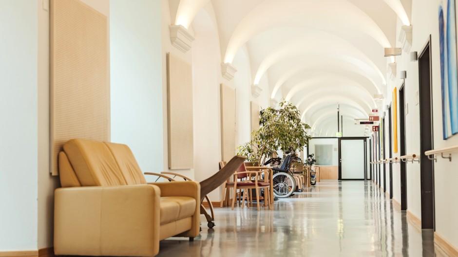 Zwiefalten, Baden-Württemberg: Auf der Station 3051 des psychiatrischen Landeskrankenhauses  werden Menschen betreut, die älter als 65 und psychisch erkrankt sind.