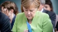 Bundeskanzlerin Angela Merkel (CDU) am Mittwoch auf einer Preisverleihung von 25 sozialen Initiativen im startsocial-Wettbewerb im Bundeskanzleramt.