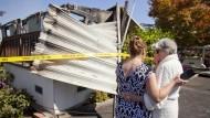 Das Haus der 83 Jahre alten Nola Rawlins wurde von einem Feuer zerstört, das nach dem Erdbeben ausbrach.