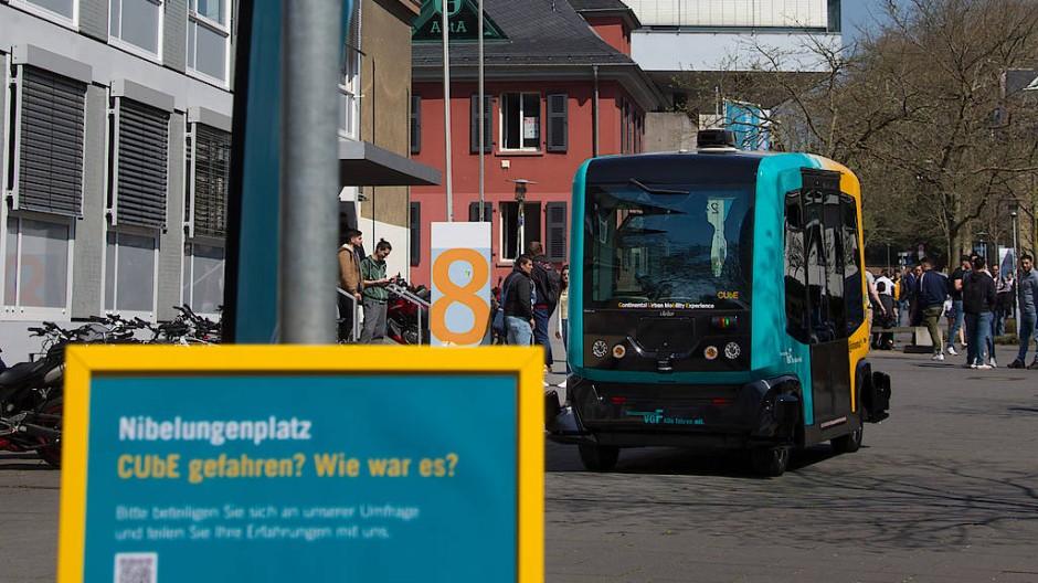 Zurzeit nur im Probelauf: Der autonome Stadtbus, wie hier in Frankfurt 2018