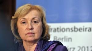 Böhmer fordert Arbeitserlaubnis für Asylbewerber
