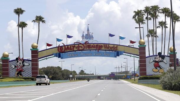 Disney kündigt 28.000 Mitarbeitern