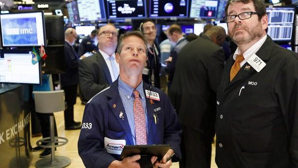 Dow Jones büßt so stark ein wie zuletzt 1987
