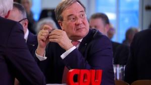 NRW-CDU stellt sich hinter Team Laschet