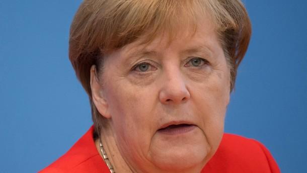 Merkel wirft AfD Rassismus vor