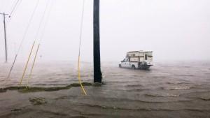 """Mehr als 200.000 Amerikaner wegen """"Harvey"""" ohne Strom"""
