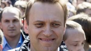 Kreml-Kritiker Nawalnyj muss 30 Tage in Haft