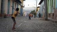 Gespielt wird überall: Baseball ist auf Kuba weitaus mehr als nur eine Freizeitbeschäftigung, es symbolisiert den Stolz und die Stärke des ganzen Landes