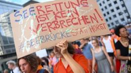 Große Mehrheit der Deutschen unterstützt private Seenotretter